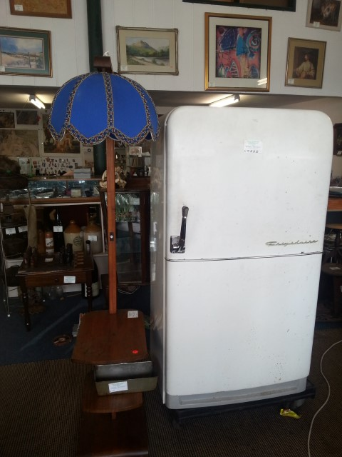 Old fridge in perfect working order with new compressor and seals. R6000